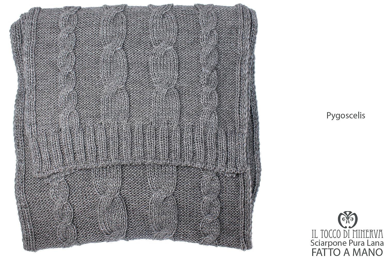 Bufanda gris de lana pura Pygoscelis hecho a mano Made in Italy ...