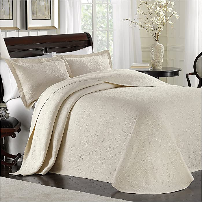 LaMont Home Majestic Matelasse; Bedspread Collection Ivory Twin Bedspread