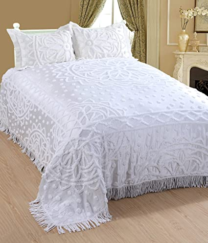 Saral Home Fashions Classic Design Chenille Bedspread With Two Sham Queen White Bedspread 102x118 Inches Sham 26x20 2 Inches