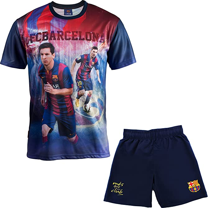 2 opinioni per FC Barcelona- Completo con maglia e pantaloncini, stampato con foto di Messi,
