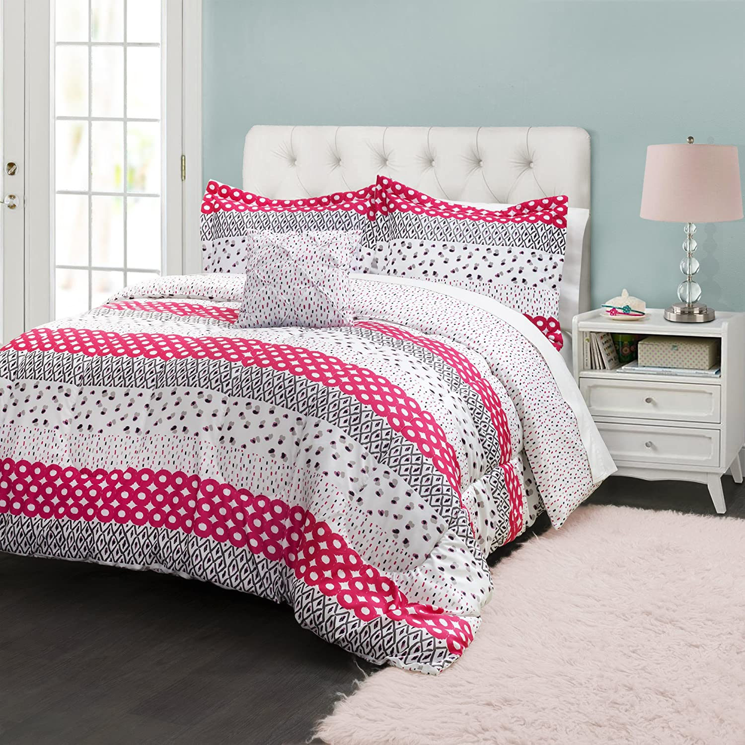 Lush Decor Lush D/écor Franny Comforter 3 Piece Set Pink Triangle Home Fashions 16T000092 Twin