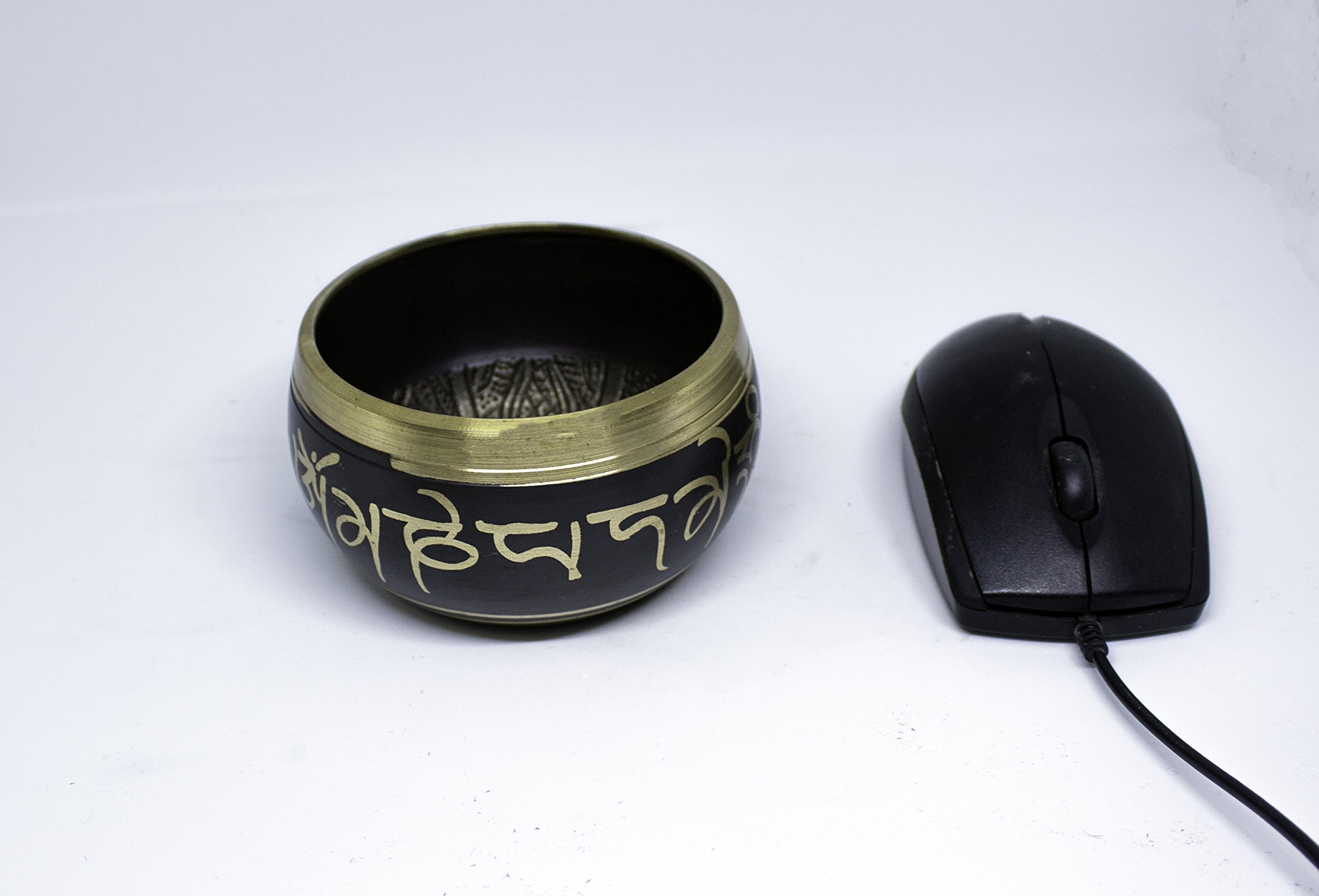 HandMadeCart Antique Design Tibetan Singing Bowls with Peaceful silent Ohm sound-Instrument for Meditation,Relaxation,Chakra Healing,Yoga.Perfect Spiritual Healing Gift. Made with Bronze.