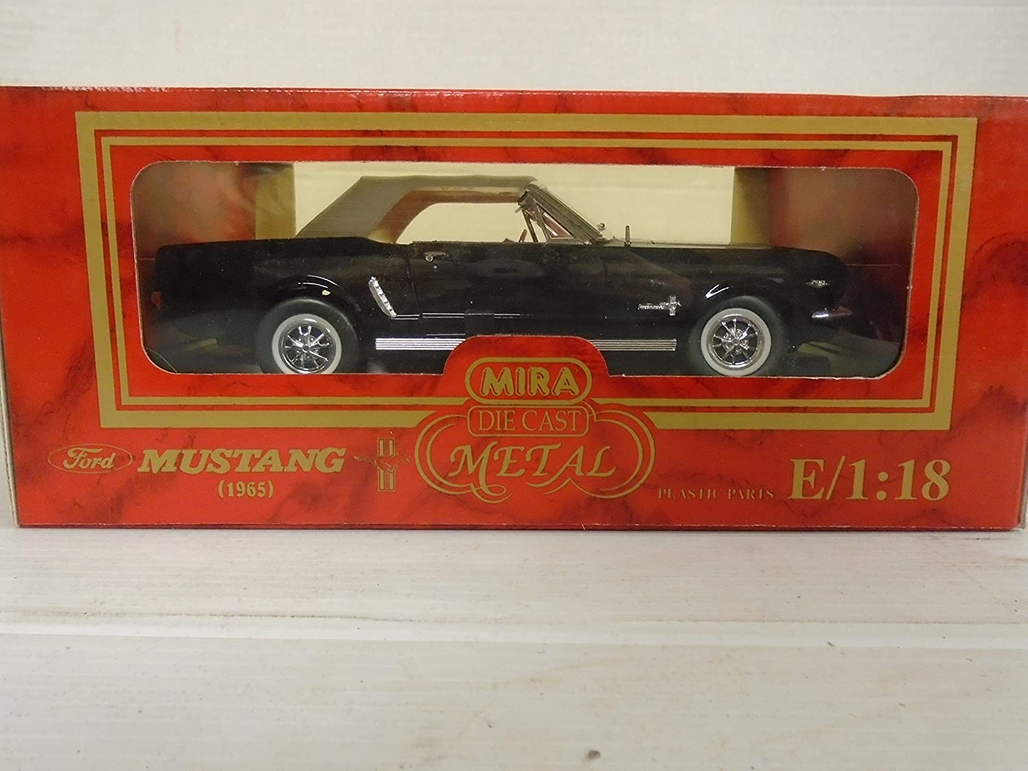 Amazon com mira golden line collection 118 scale 1965 ford mustang die cast metal toys games