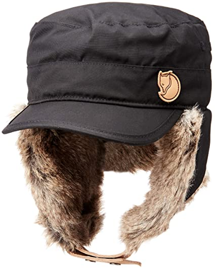 9e26cea6efc Amazon.com  Fjallraven F77301 Unisex Woodsman Cap Bomber Hat  Clothing