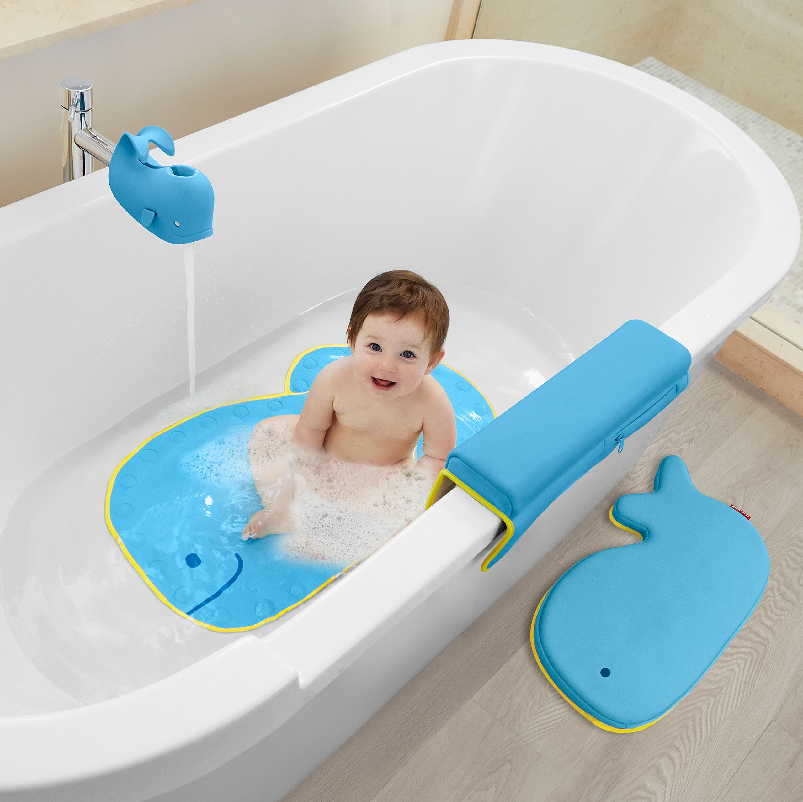 Skip Hop Moby Baby Bath Set, Four Bathtime Essentials - Spout Cover, Bath Kneeler, Elbow Pad, And Bath Mat, Blue by Skip Hop (Image #2)