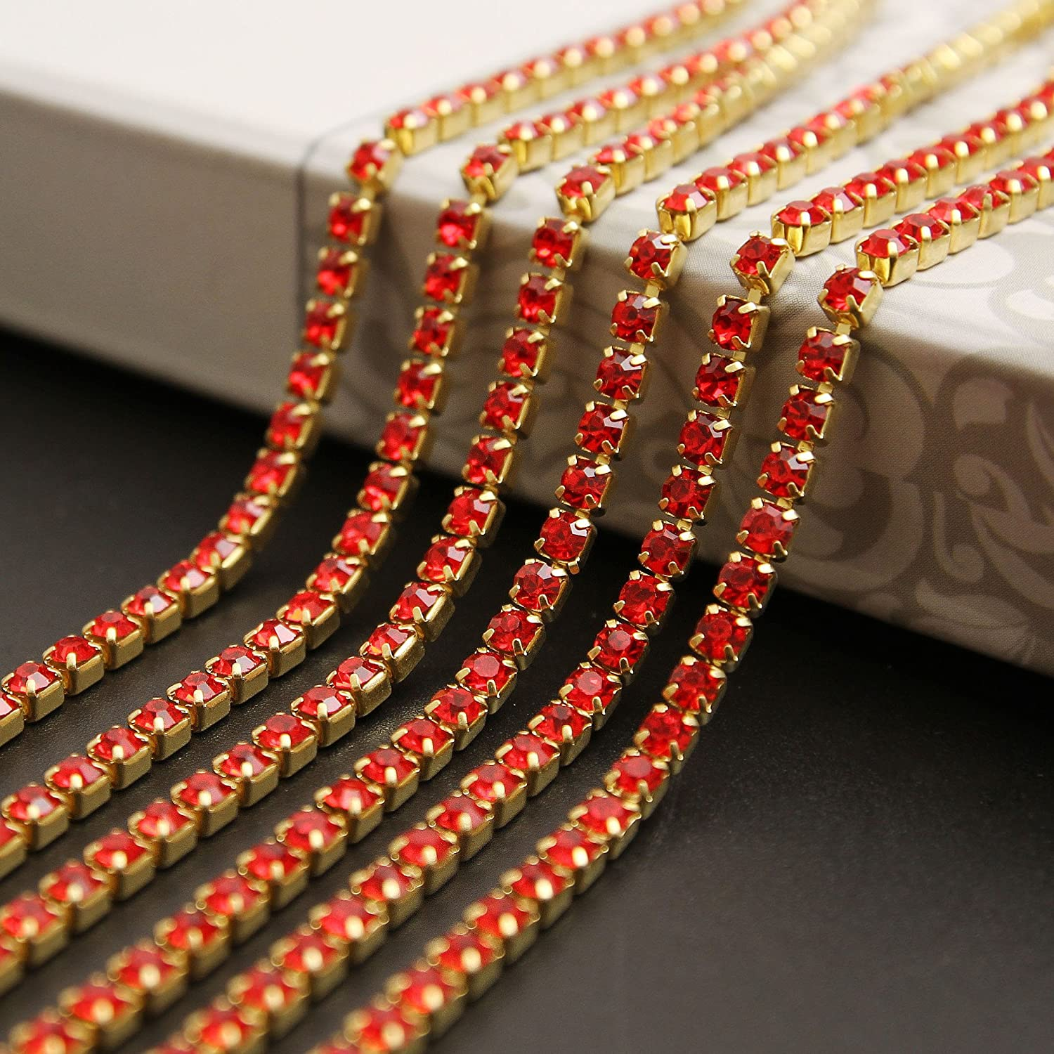 USIX 10 Yards Crystal Rhinestone Close Chain Trimming Claw Chain Multi Size Color Rhinestone Chain for DIY Arts Craft Sewing Jewelry Making Red-Gold Chain SS12//3.0MM
