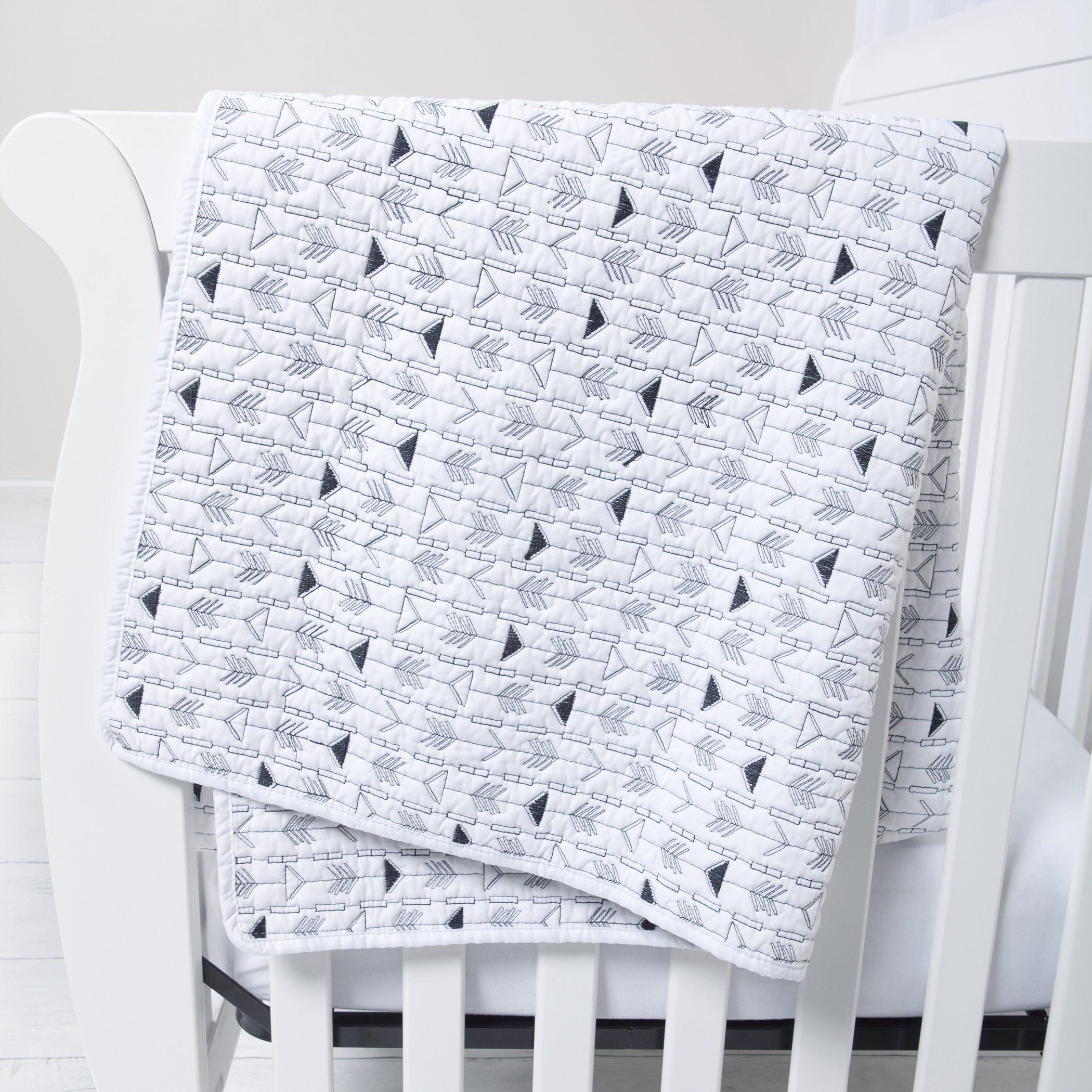 Sammy & Lou Quilt, Black and White Arrows
