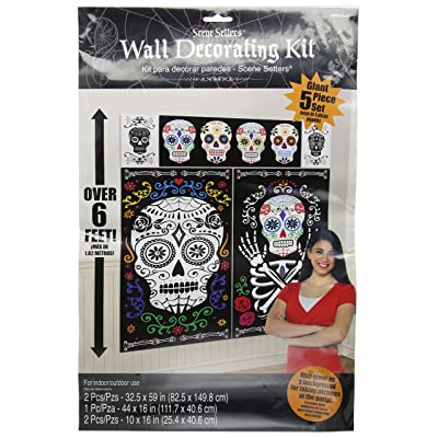 Black and Bone Scene Setter Kit Halloween Decoration: Garden & Outdoor