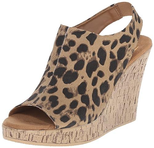 b713f95aafa19 Amazon.com | Aerosoles Women's World Traveler Wedge Sandal ...