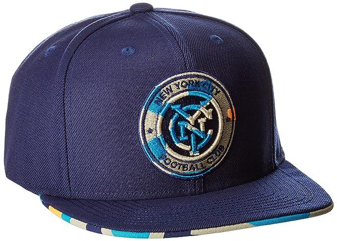 brand new d5b1c a5534 Amazon.com   MLS New York City FC Adult Men MLS SP17 Fan Wear Box Pattern  Flat Brim Snapback, Osfa, Blue   Clothing