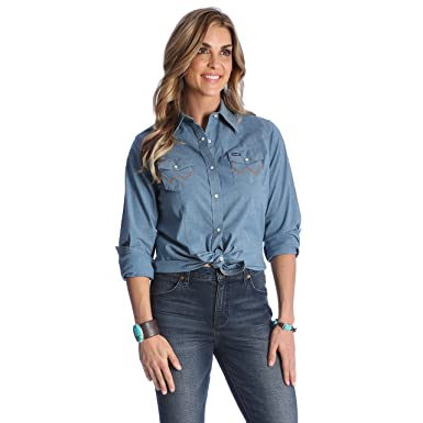 a1d67ad4940 Wrangler Women's Long Sleeve Western Snap Work Shirt at Amazon Women's  Clothing store: