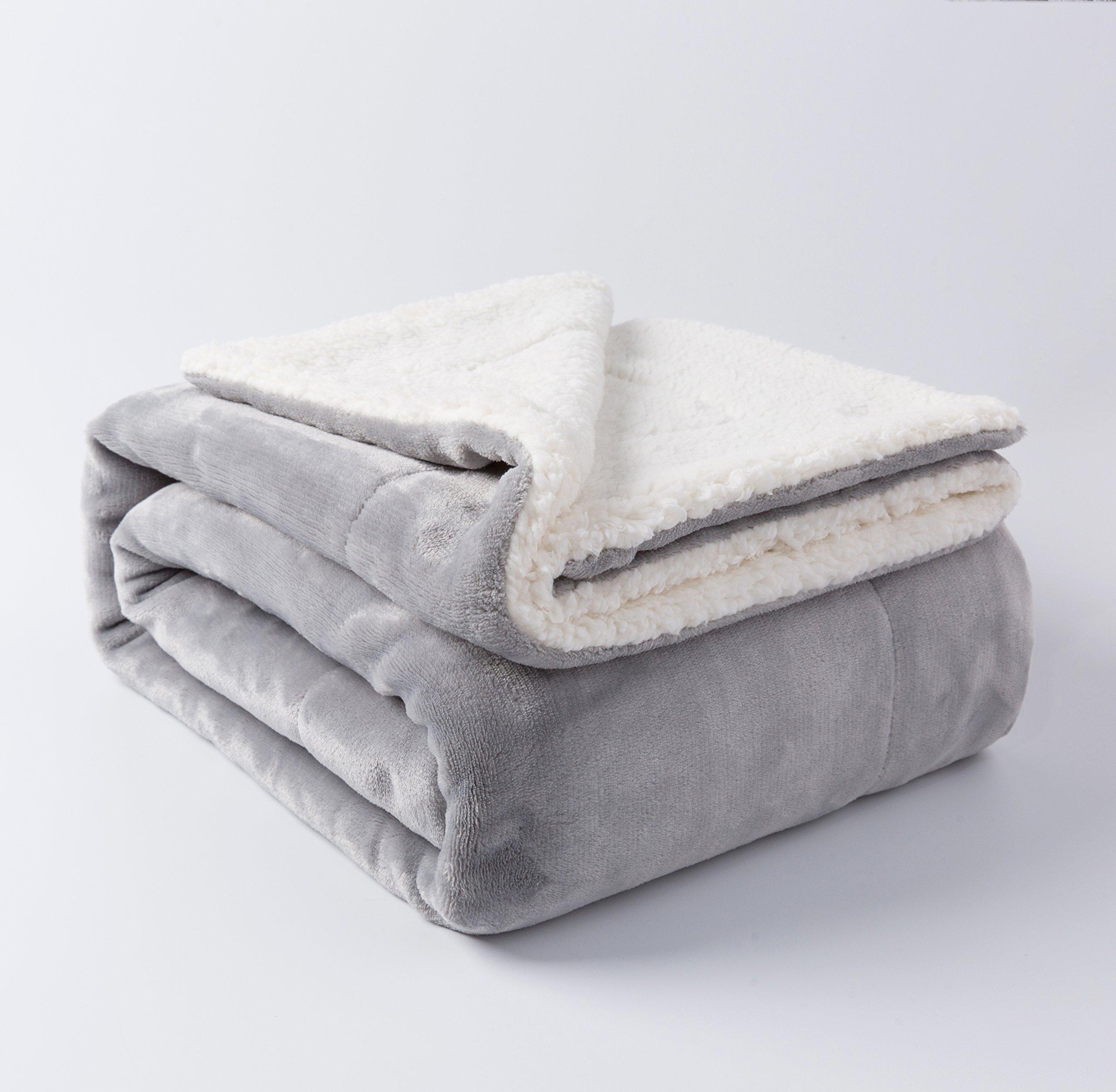 NANPIPER Sherpa Throw Light Grey 50''x60'' Ultra-plush Bed Blanket Soft Warm Throw