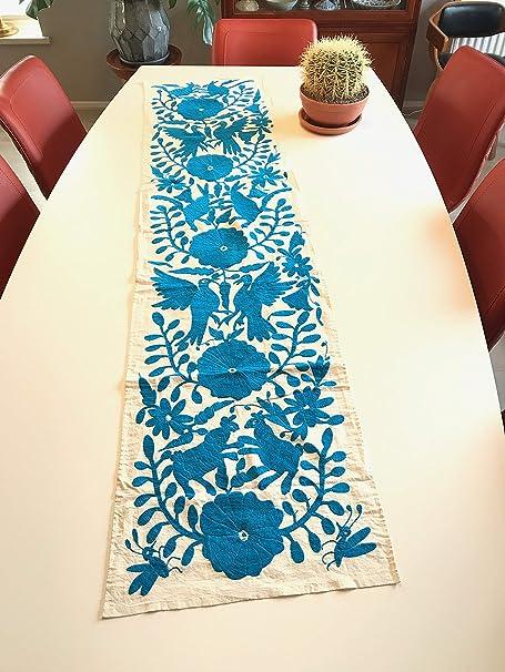 Camino de Mesa Otomi Azul con diseño Mexicano, Bordado a Mano por ...