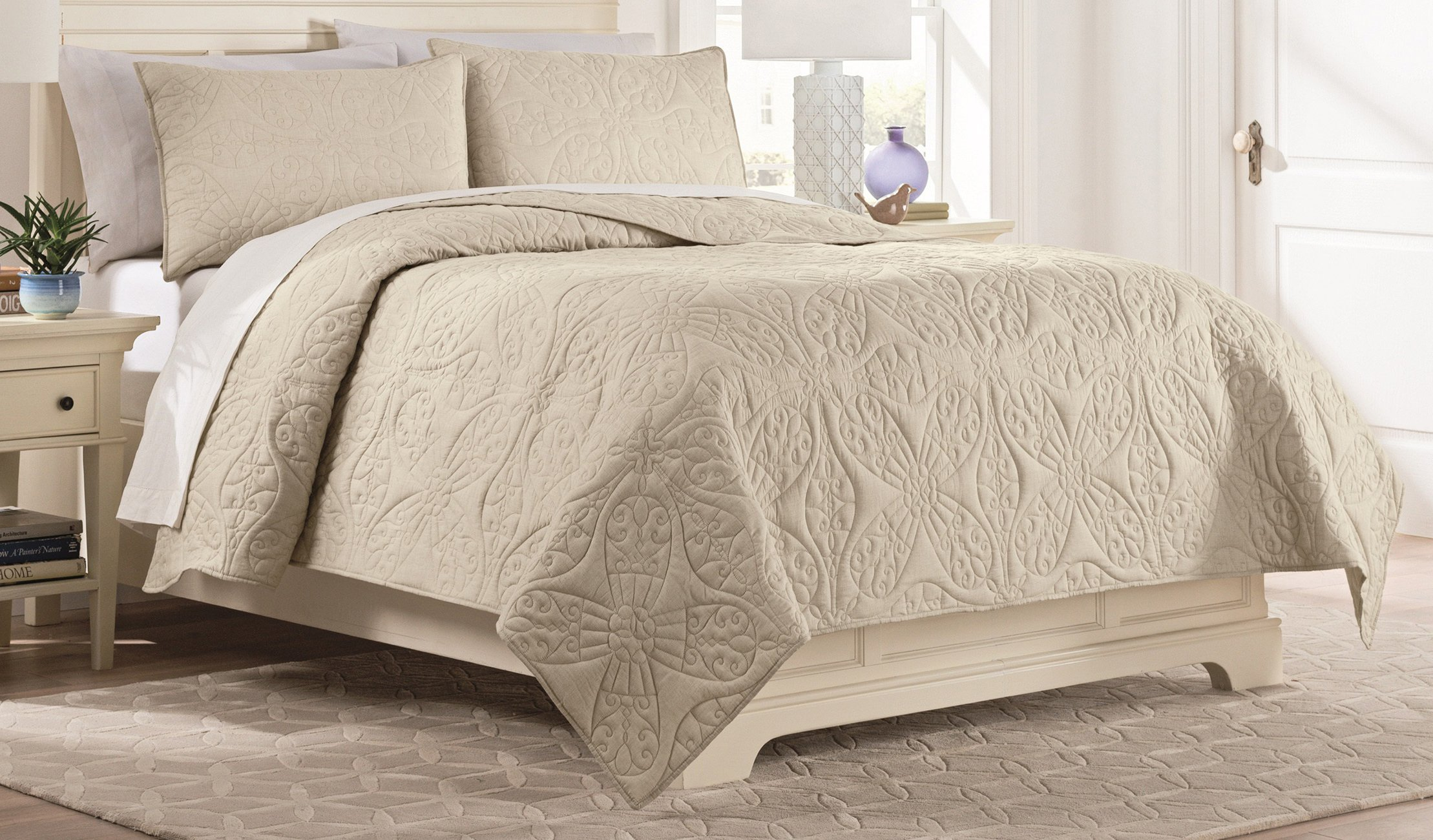 Vue Nepal Quilt Set, King, Oatmeal