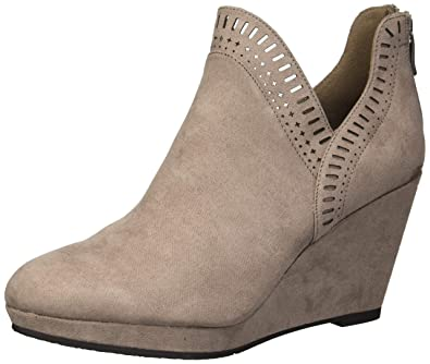32e10d6f174d CL by Chinese Laundry Women s VICCI Ankle Boot Pebble Taupe Suede 6 ...