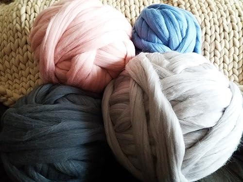 Wholesale Wool Roving Fiber Top 30 lb Roll Spinning Chunky Knit Blanket Giant Yarn Felting Chunky Yarn