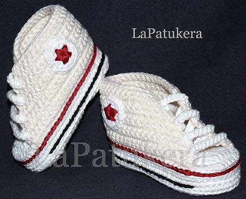 Patucos bebé. Crochet. Unisex. Estilo Converse. Color crema ...