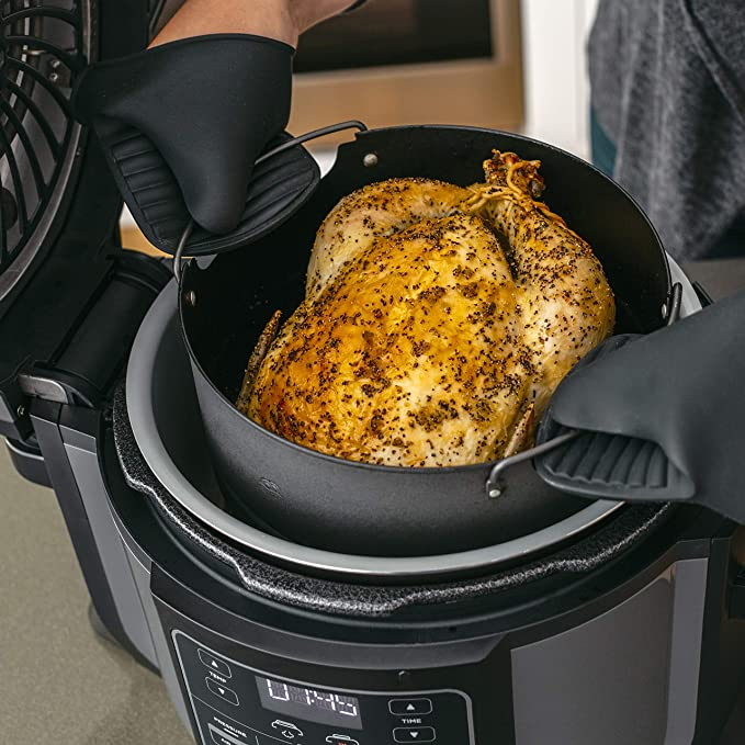 Ninja Foodi Air fryer bakes, roasts, air fry, or broil to evenly crisp and caramelize meals to golden-brown perfection