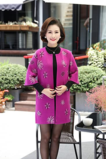 b9b71f5d155 Amazon.com   2018 Hitz cardigan sweater and long sections mother dress  fitted jacket 40-50-year-old mother for women girl   Beauty