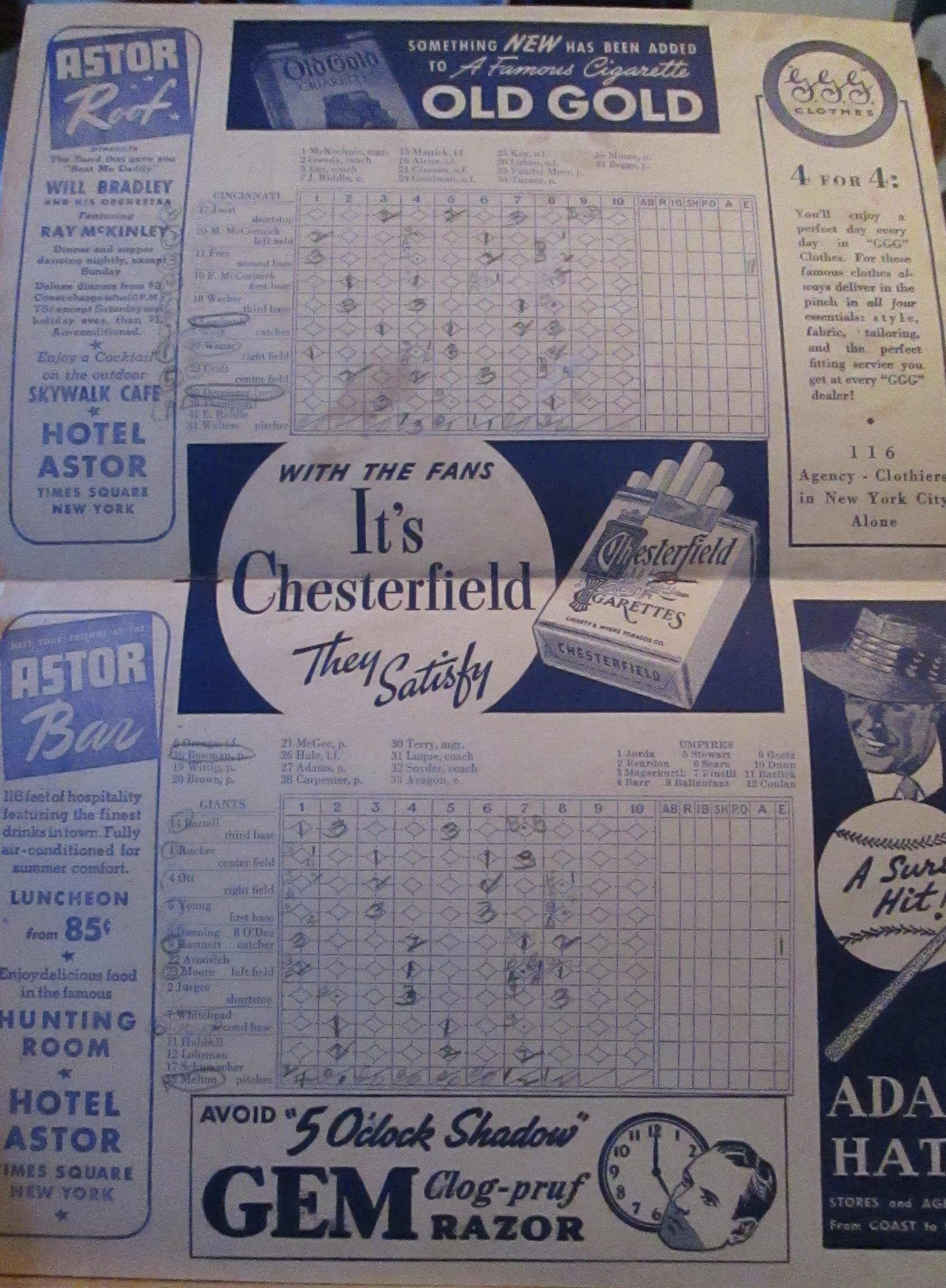 1941 NEW YORK GIANTS BASEBALL OFFICIAL SCORE CARD VS CINCINATTI REDS AT THE POLO GROUNDS PUBLISHED BY HARRY M. STEVENS (MEL OTT, JOHNNY RUCKER, AND MORE PLUS INCREDIBLE ADVERTISING)