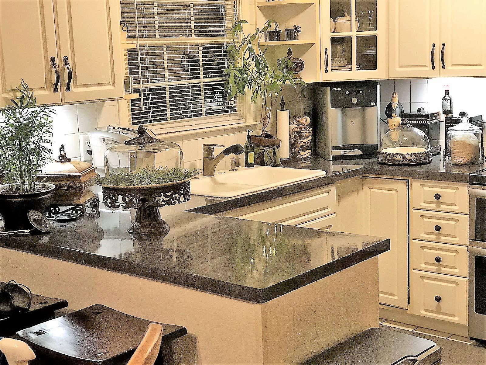 EZ FAUX DECOR Grey Soapstone Marble Look Peel and Stick Countertop Backsplash NO Paint Why? When You can Premium Peel and Stick 144'' x 36'' by EZ FAUX DECOR (Image #10)