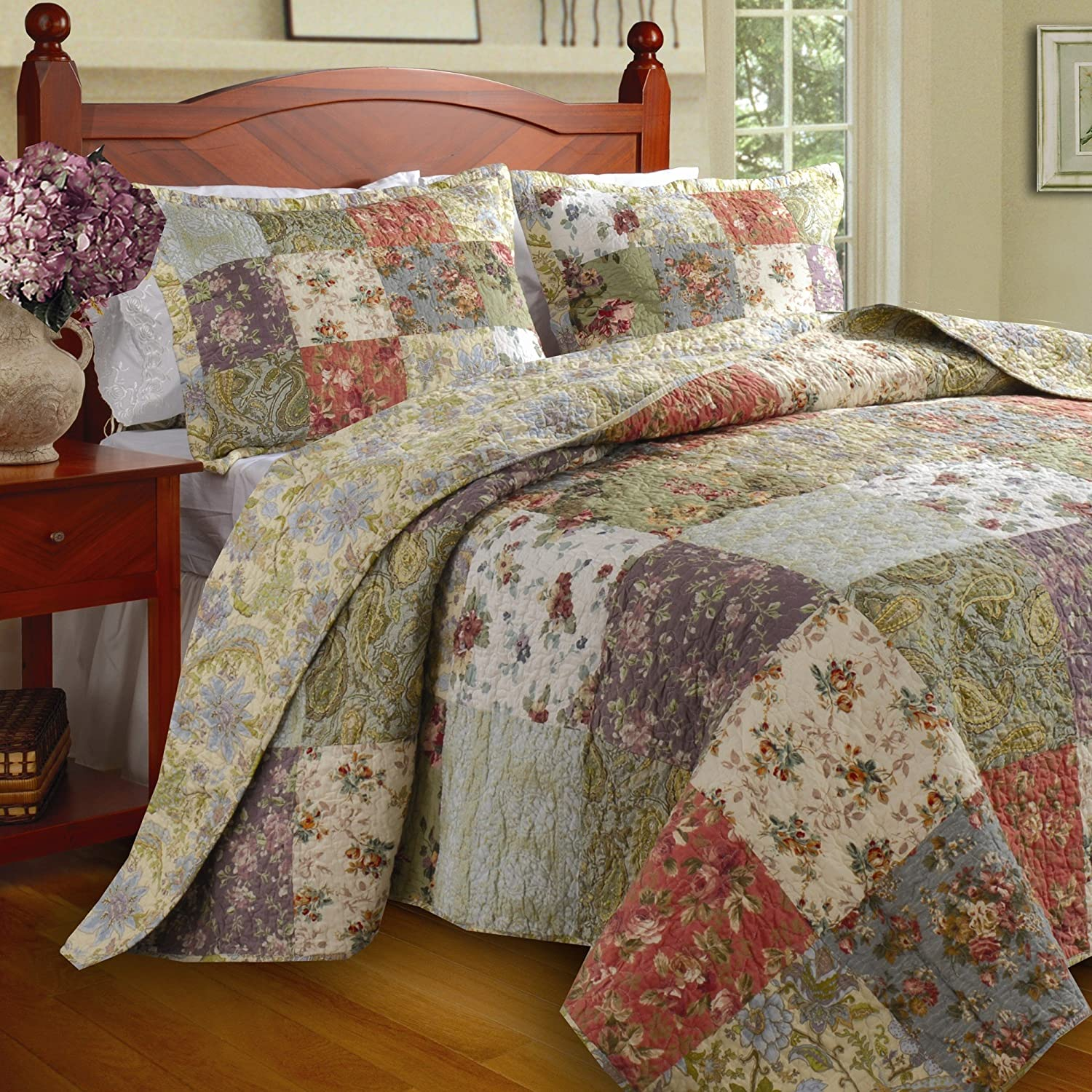 Floral Patchwork Quilt & Bedding Set on Sale, 100% Cotton