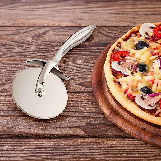 Compra Yoofor Cortador de pizza acero inoxidable parcialmente mate, Kitchen Slicer Herramientas para distintos alimentos más nítidas en Amazon.es