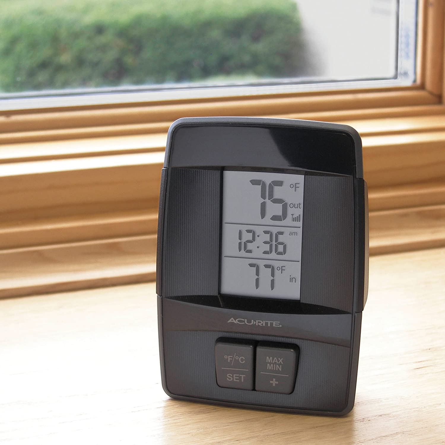 amazon com acurite 00606 wireless indoor outdoor thermometer with