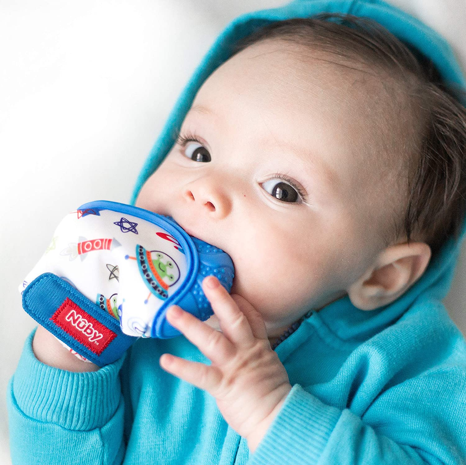 FREE SHIPPING! Red NEW Nuby Soothing Teething Mitten with Hygienic Travel Bag