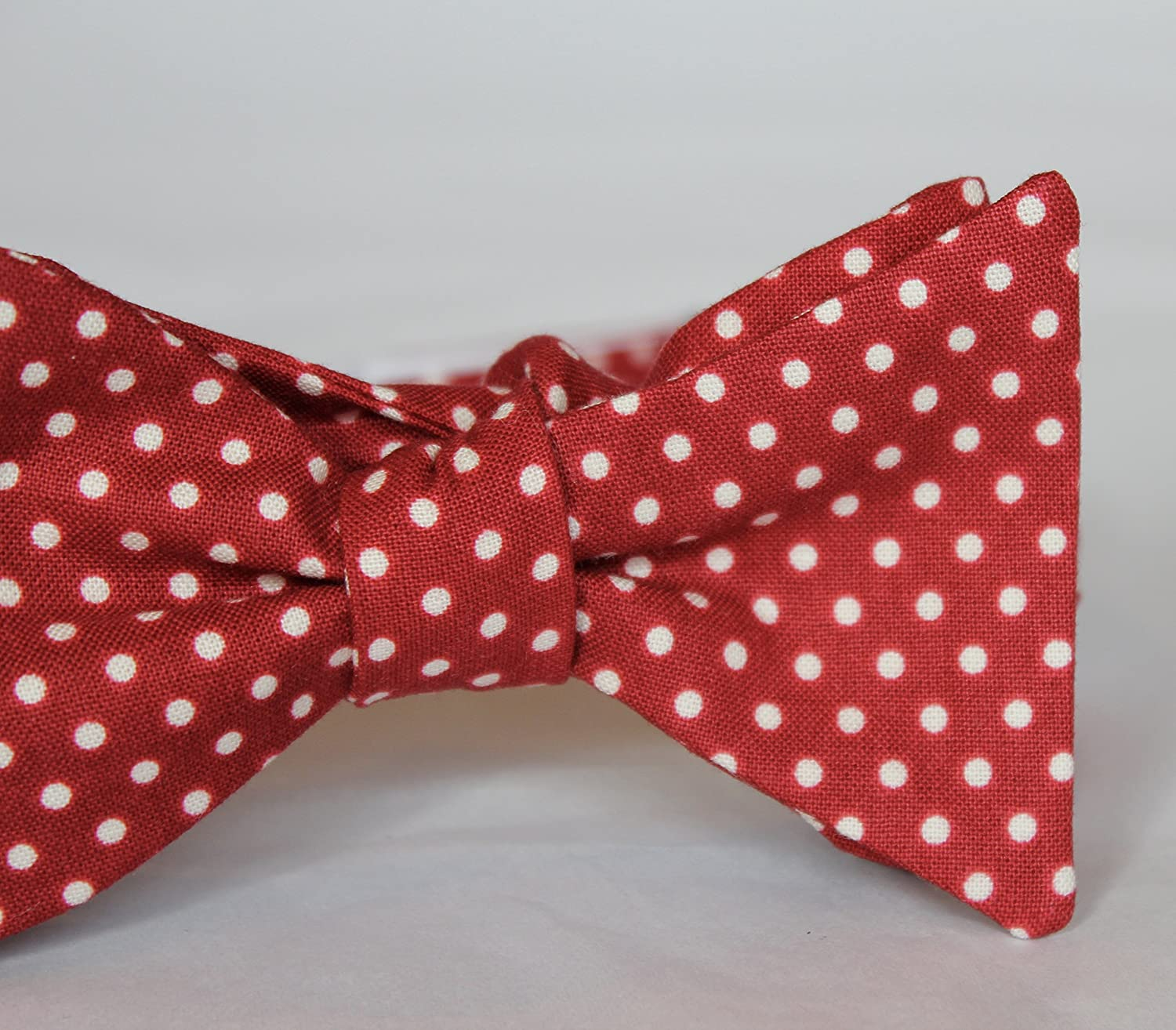 ed0c52c8b89d Amazon.com  Rich Red and white Polka Dots Bowtie - clip on