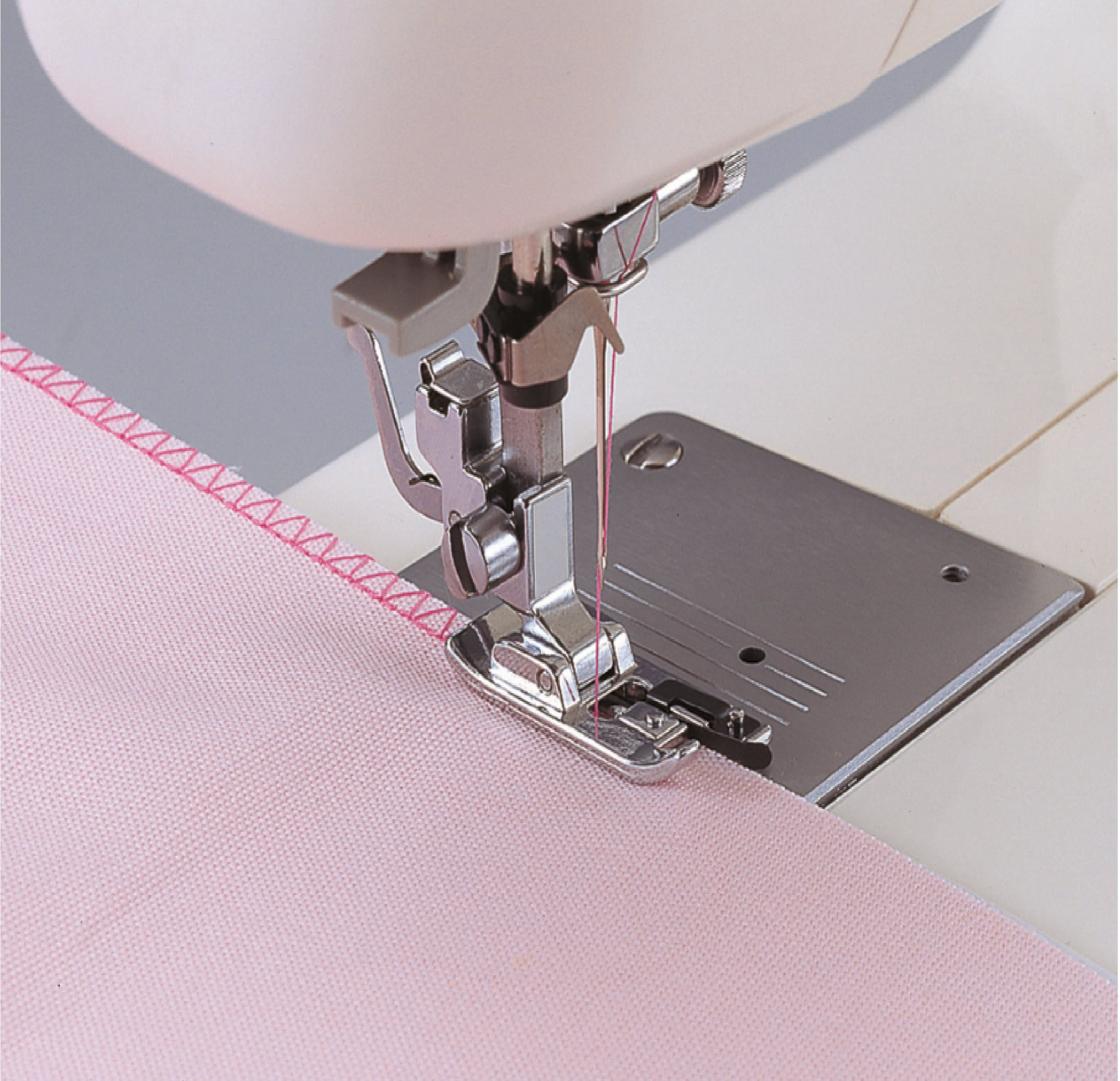 What overlock and carpetlock should choose for home and studio