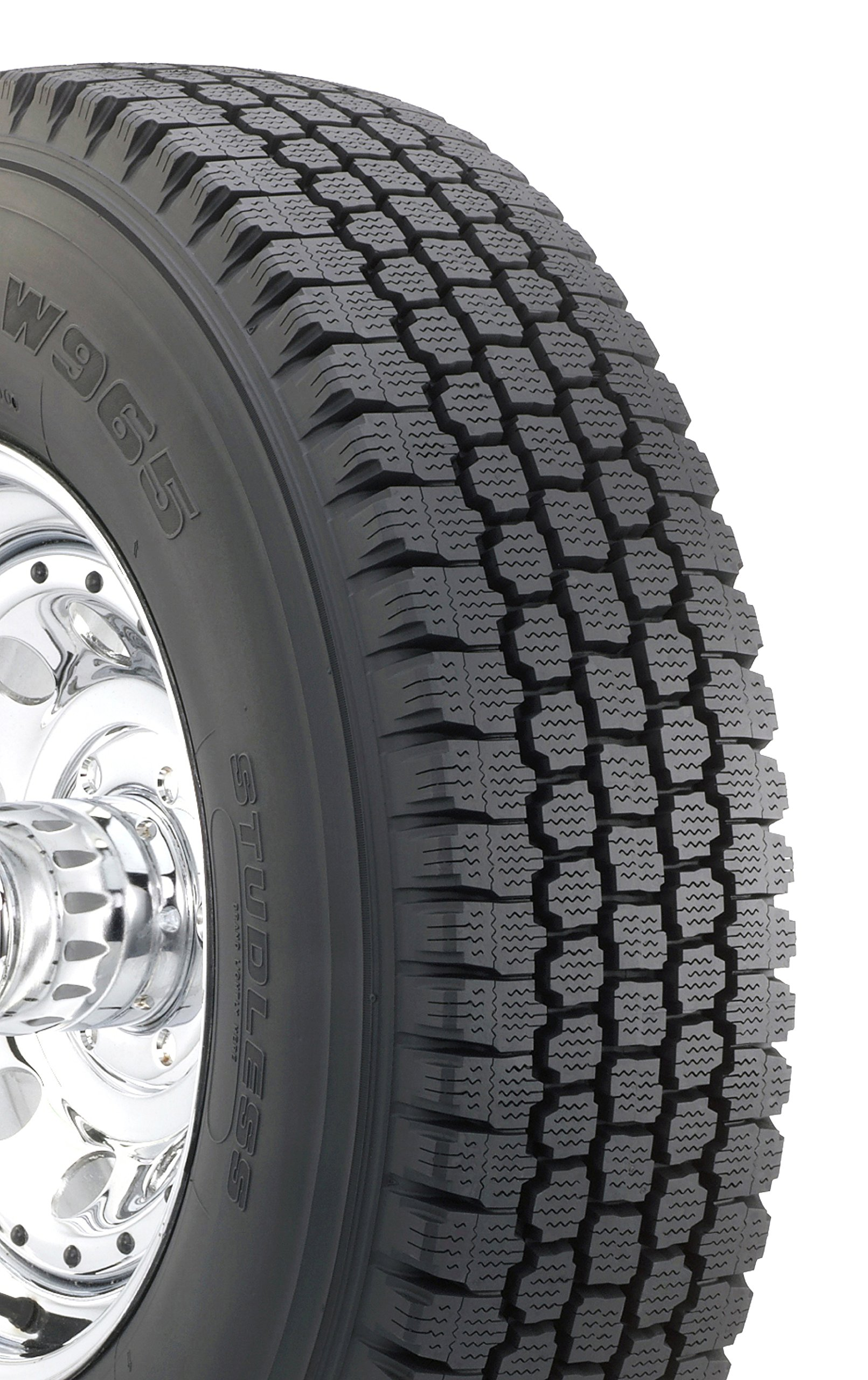 Bridgestone Blizzak W965 Winter Radial Tire - 265/75R16 123Q