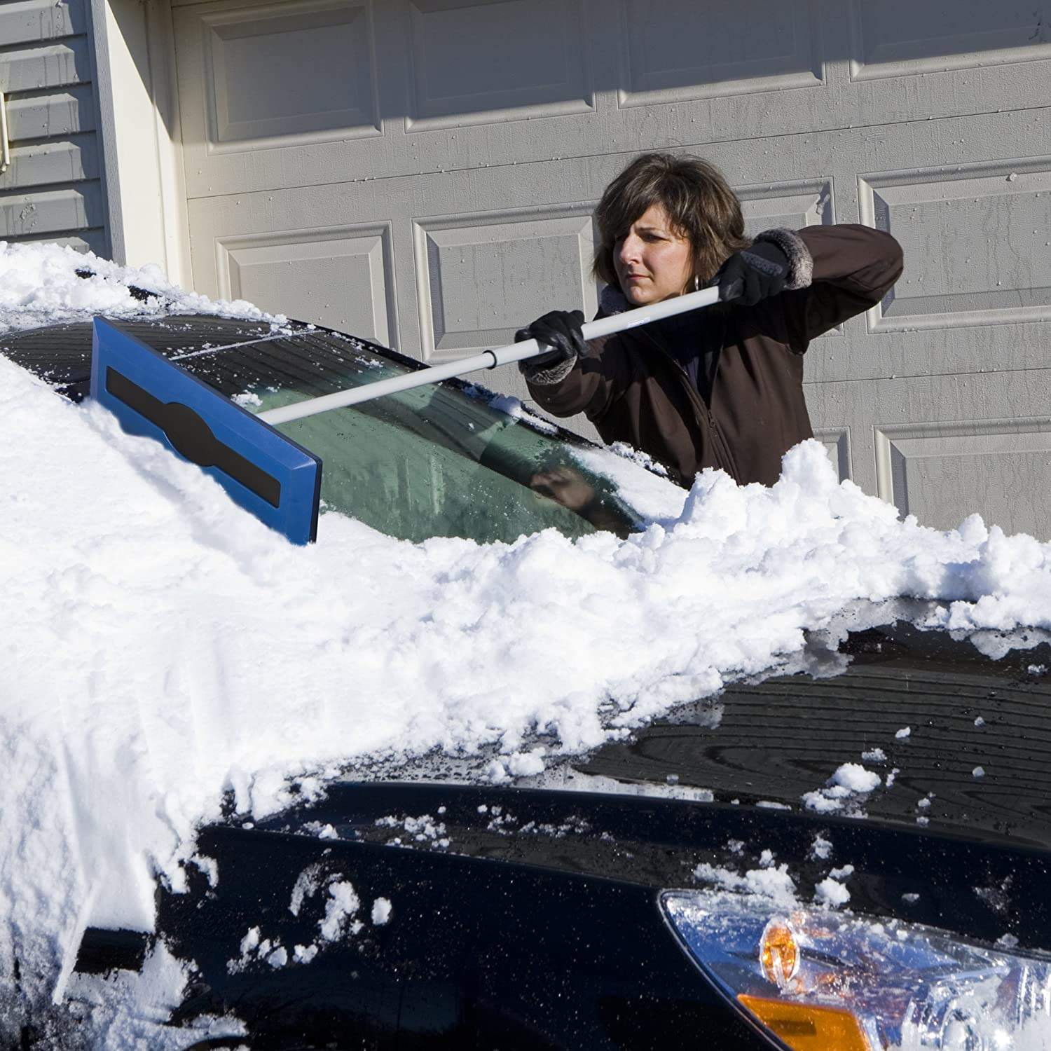 Psa Clean The Ing Snow Off Your Car S Roof