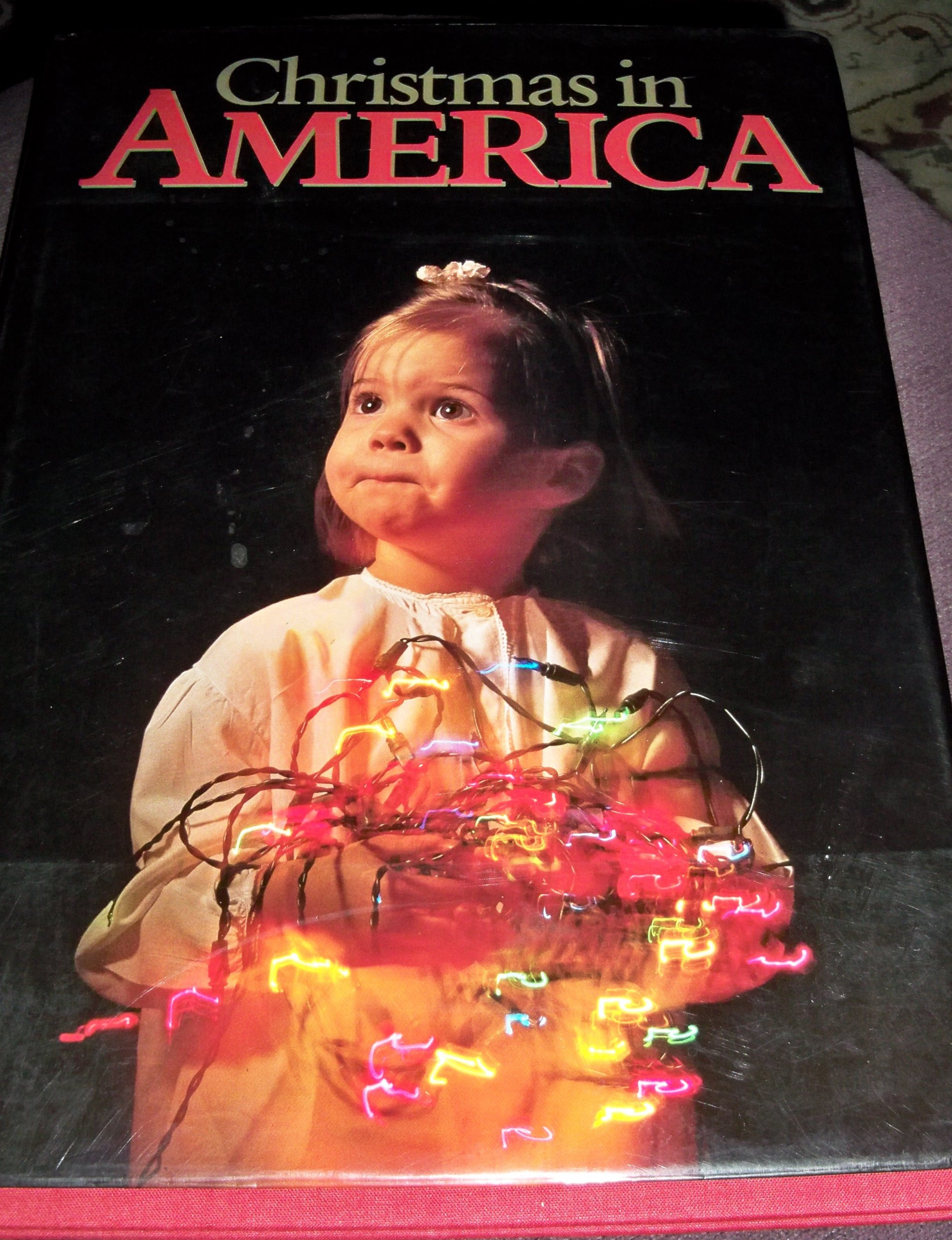 Christmas In America Book.Christmas In America Images Of The Holiday Season By 100 Of