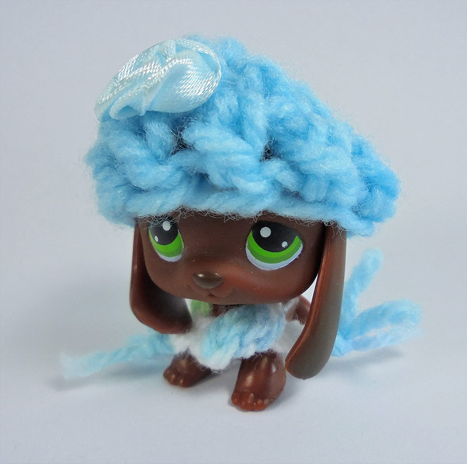 LPS Accessories Clothes Littlest Pet Shop Lot Winter 1 Crocheted Hat + 1 Crocheted Scarf+ 1 Random Pet in 1 Gift Bag Handmade Custom Outfit