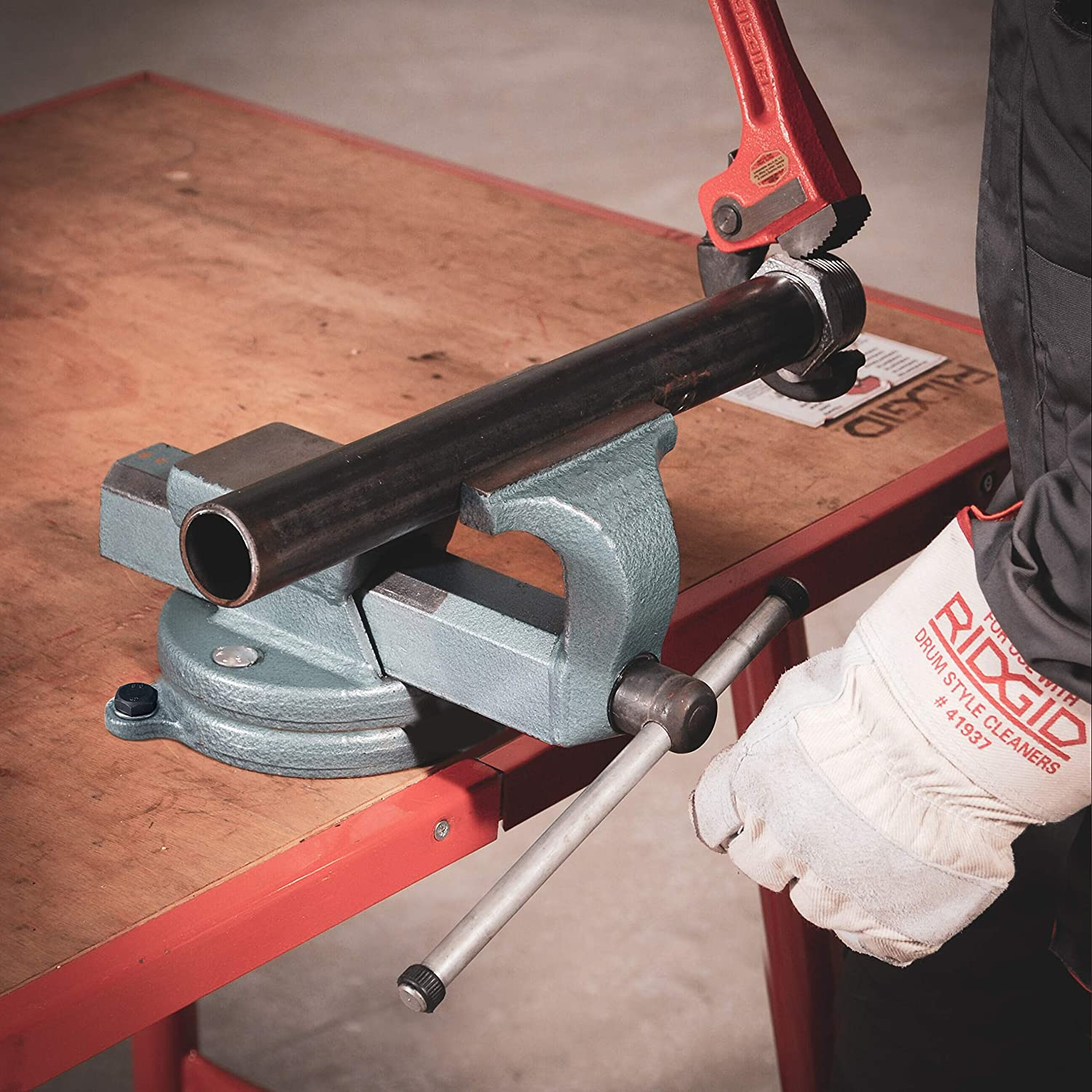 RIDGID 48058 Model 120 Compact Forged Vice with Full 360 Rotation