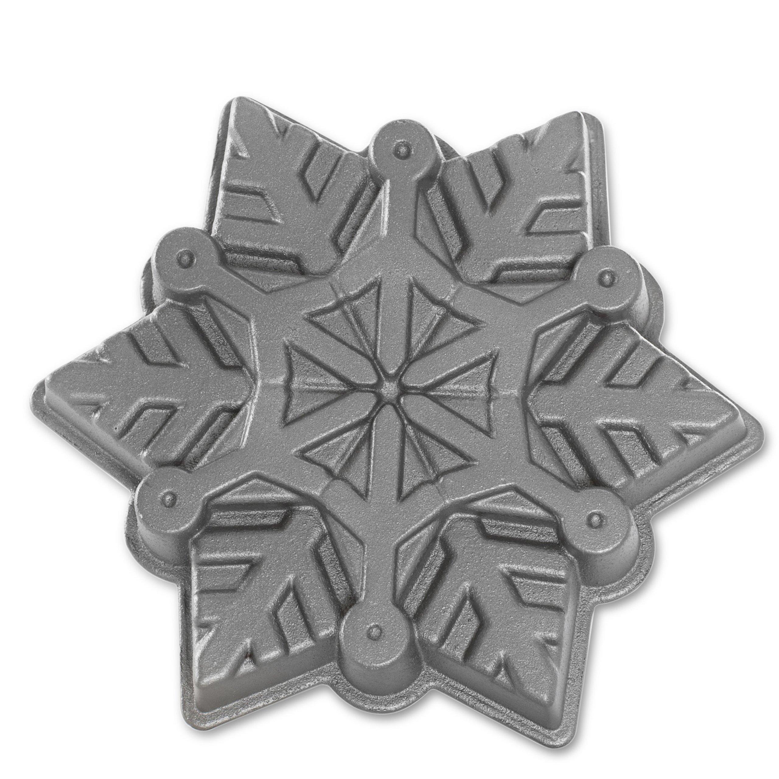 Nordic Ware Snowflake Pan by Nordic Ware