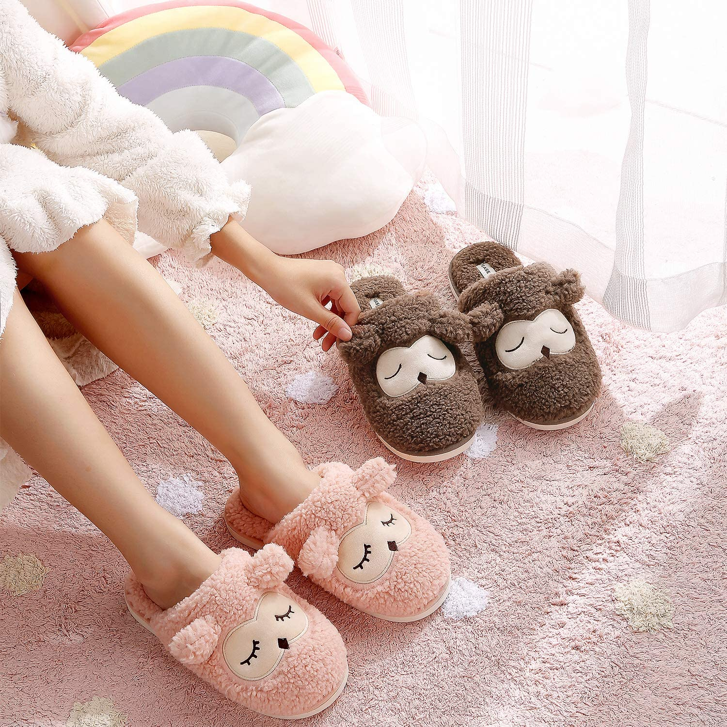 Womens Slippers Kids Cute House Slippers Boys Girls Warm Plush Indoor Home Slippers with Soft Anti-Skid Sole