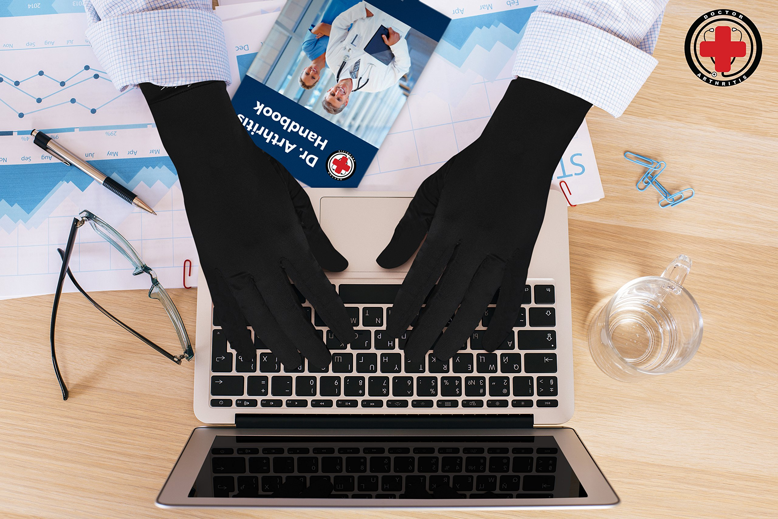 Doctor Developed Copper Gloves/Compression Gloves For Arthritis (full-length) AND DOCTOR WRITTEN HANDBOOK— Relieve Arthritis Symptoms, Raynauds Disease & Carpal Tunnel (L) by Dr. Arthritis (Image #4)