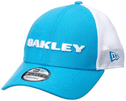 Amazon.com  Oakley Men s Heather Era Snapback Adjustable Hats 57d08b868057