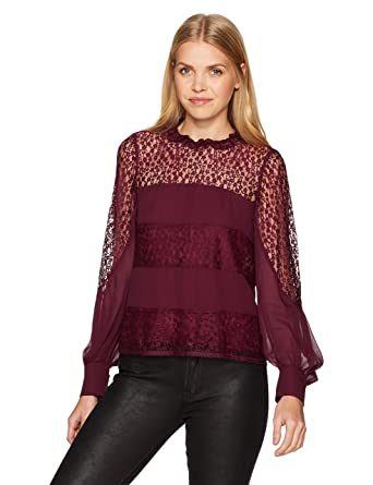 fa591fd6ebf64 Amazon.com  Nanette Lepore Women s Jezebel Blouse  Clothing