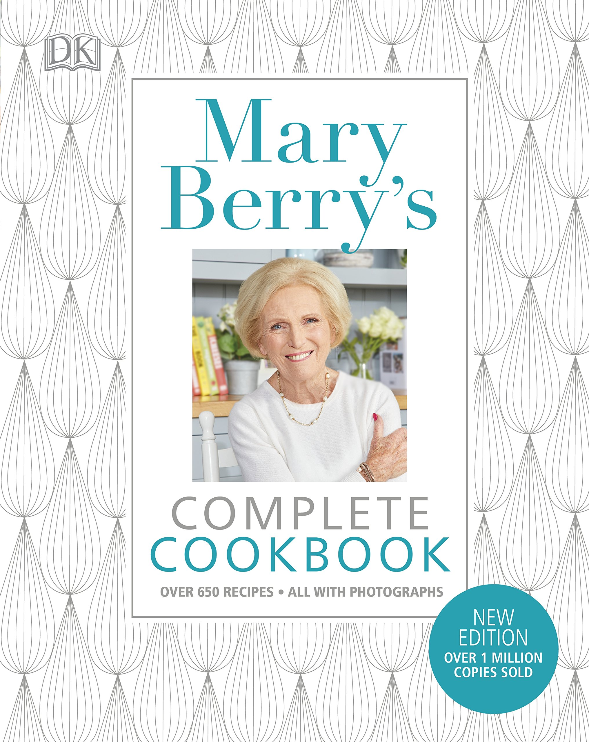 Mary Berry's Complete Cookbook: Over 650 recipes: Amazon.co.uk: Mary Berry:  9780241286128: Books