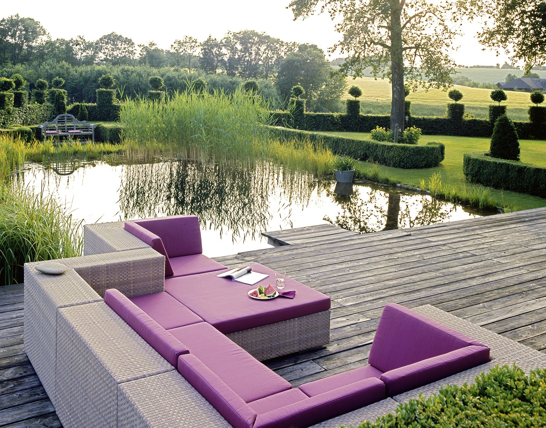 schoner garten mit wenig geld m belideen. Black Bedroom Furniture Sets. Home Design Ideas