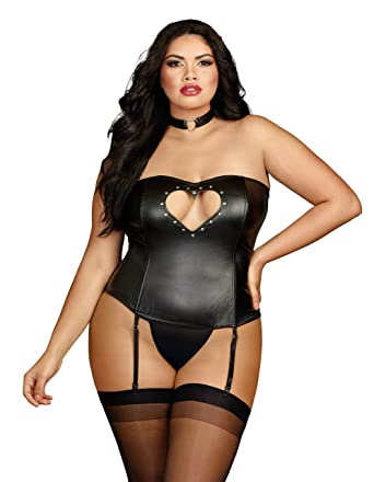 7ff940de9d6 Amazon.com  Dreamgirl Plus Faux Leather Bustier With Heart Cutout Attached  Garters and Matching Thong  Clothing