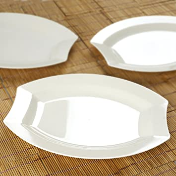 Amazon.com: BalsaCircle 40 pcs 10.5-Inch Ivory Plastic Oval Plates ...