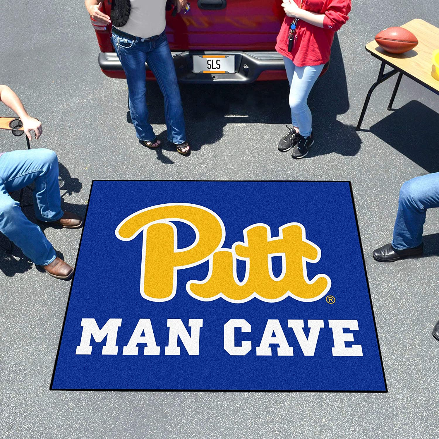 FANMATS 17315 Pittsburgh Man Cave Tailgater Rug