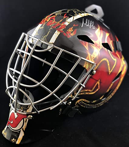 Amazon Com New Jersey Devils Martin Brodeur Signed Full Size Mask