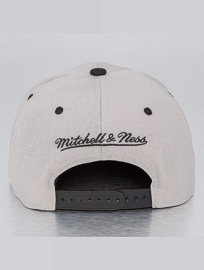 Mitchell   Ness Uomo Cappellini   Snapback Cap NBA Chicago Bulls   Amazon.it  Abbigliamento 8485fb4191a3