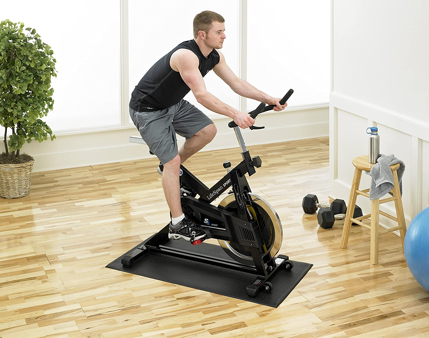 amazoncom supermats heavy duty pvc mat ideal for indoor cycles and exercise bikes 24inch x 46inch exercise mats sports u0026 outdoors