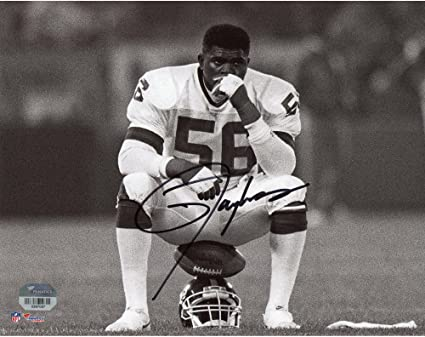 a477d0c67 Lawrence Taylor New York Giants Autographed 8 quot  x 10 quot  Helmet Sit  Photograph - Fanatics